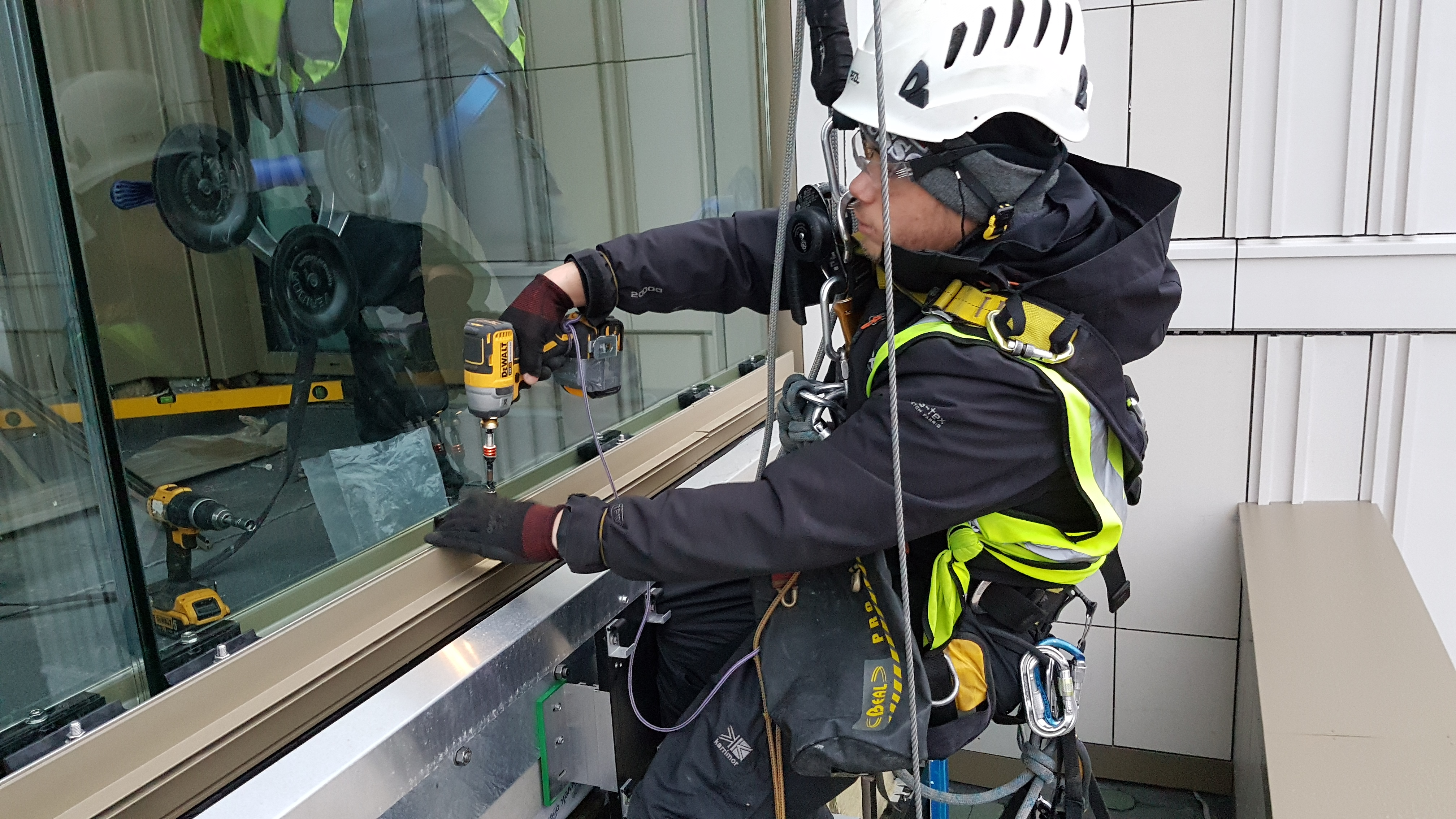 rope access structural glazing
