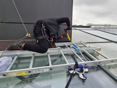 high level glazing maintenance