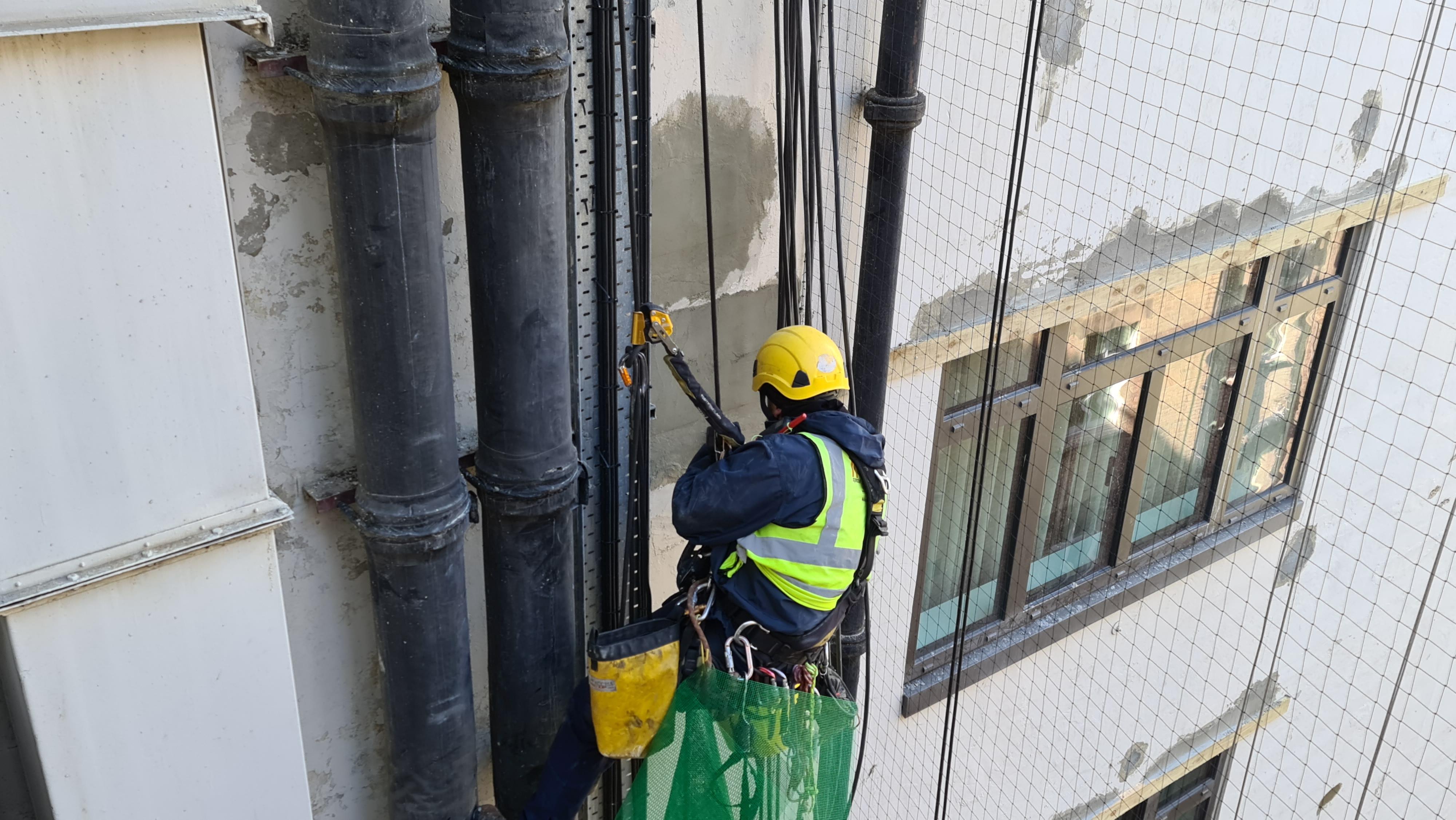rendering rope access