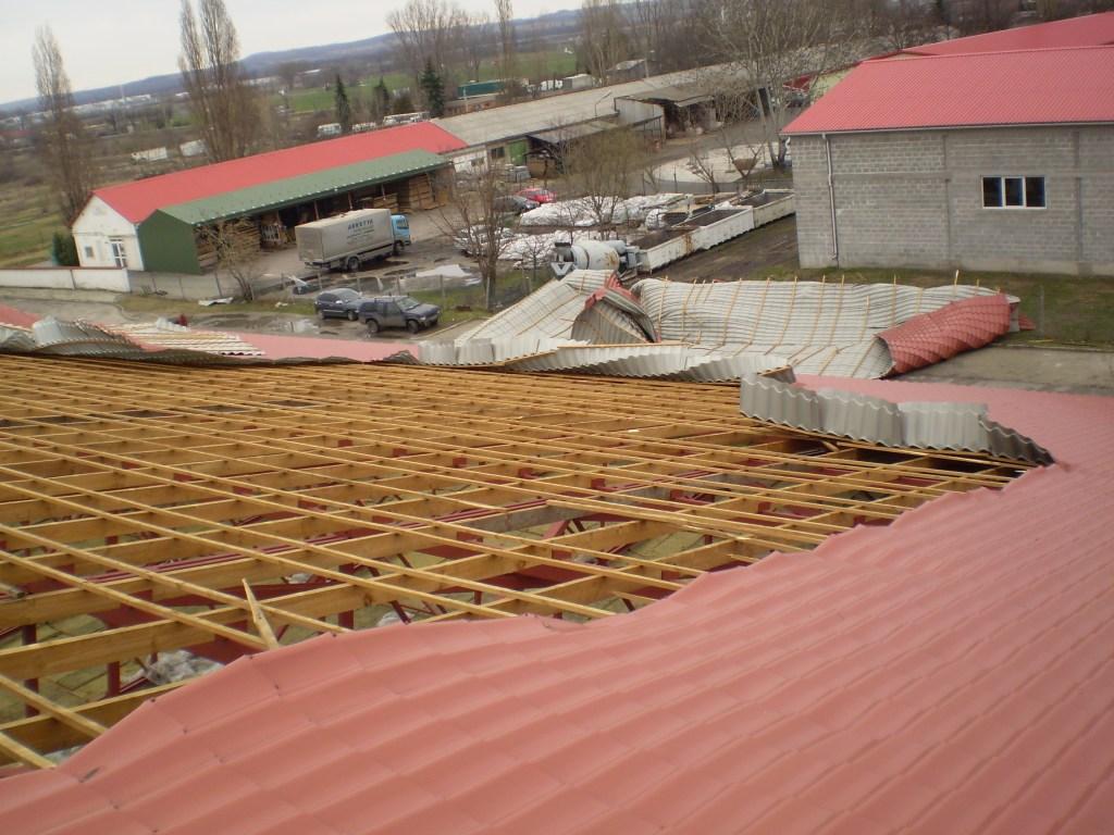 storm damaged roof repairs
