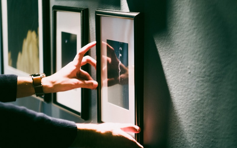 hanging a frame