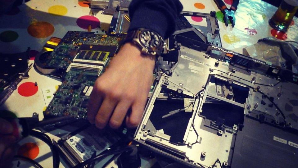 Photo de l'ordinateur portable, inutilisable pour une raison logicielle