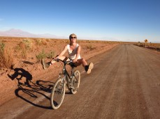 Caroline à vélo