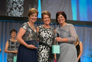 2013-2014 Top Norwex Leader Award with Kristi Hubbard (CEO Norwex USA) and Debbie Bolton (Co-founder of Norwex North America).