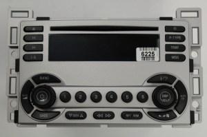 Equinox 20052006 CD XM ready radio 28033375 REMAN