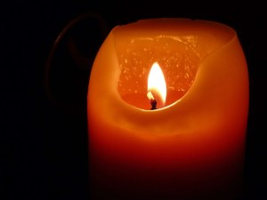 candle-197248_1920