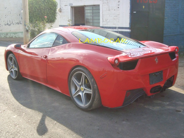 Ferrari 458 replica made in Mexico (2/6)