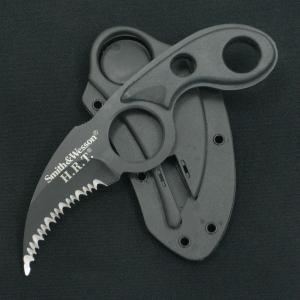 ネックナイフ