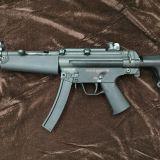 海外製 BOLT MP5J PEAKER リコイルショック電動ガンの修理をさせて頂きました