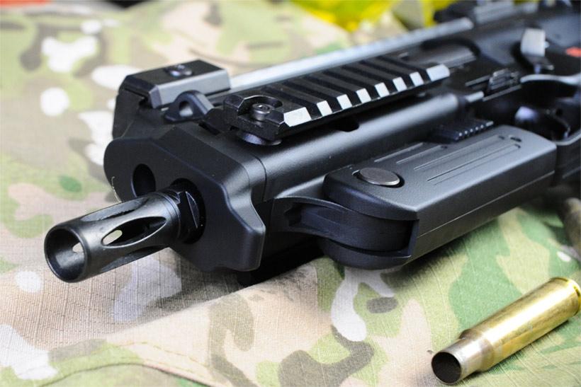 東京マルイ 電動マシンガン MP7A1のフラッシュハイダー