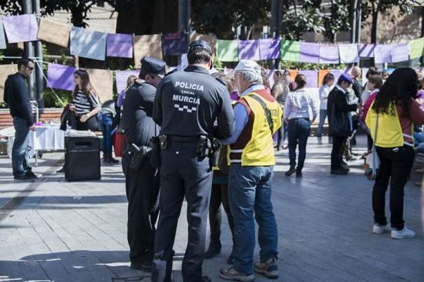 La mairie de droite (Partido Popular) accusée d'avoir fait pression sur les féministes, opposées au projet de loi rétablissant l'avortement