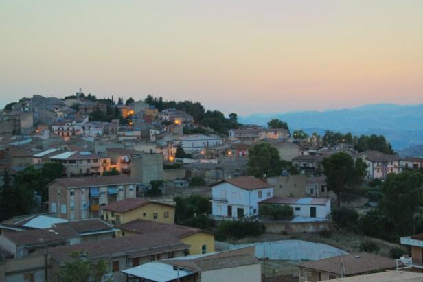 Vue du village de Montedoro