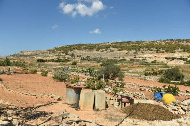 Dans la campagne maltaise