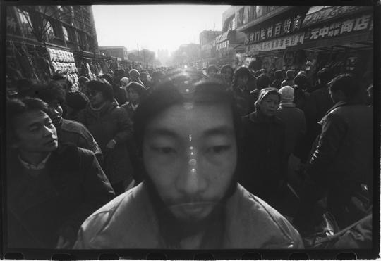 中国の写真家・莫毅80年代Part II『莫毅:1987-1989』展