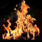 炎で癒しやセラピー効果…リアルな音と映像の『焚き火』アプリ!