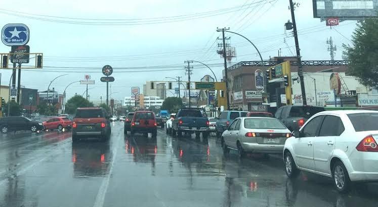 Comienza a llover en distintos sectores de la ciudad