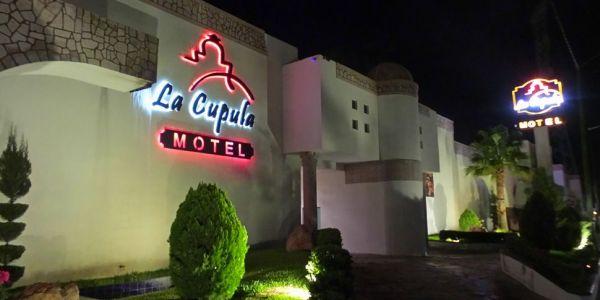 motel la cupula