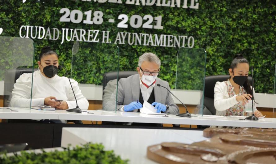 Gobierno Municipal: convocatoria de dos licitaciones, compra de luminarias y material eléctrico