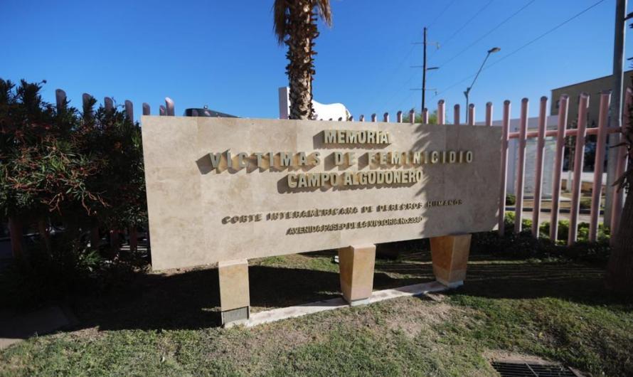 Memorial de Campo Algodonero, recibe ofrenda floral