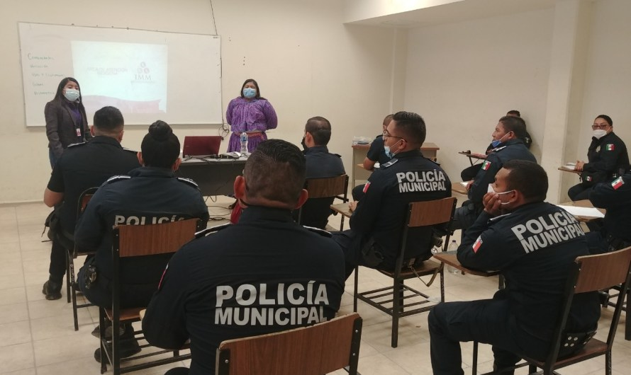 IMM: Sensibiliza a policías sobre Derechos de Pueblos Originarios