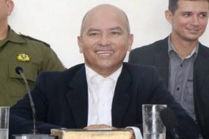 Zé Almeida manteve sua eloquência e boa oratória em defesa de Divino