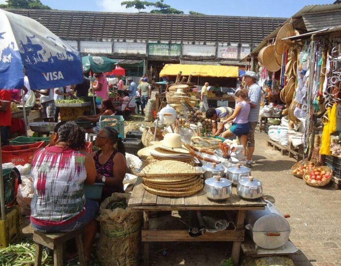 feira-livre-no-mercado-central-de-joao-pessoa-1-1536x1152-3-696x544