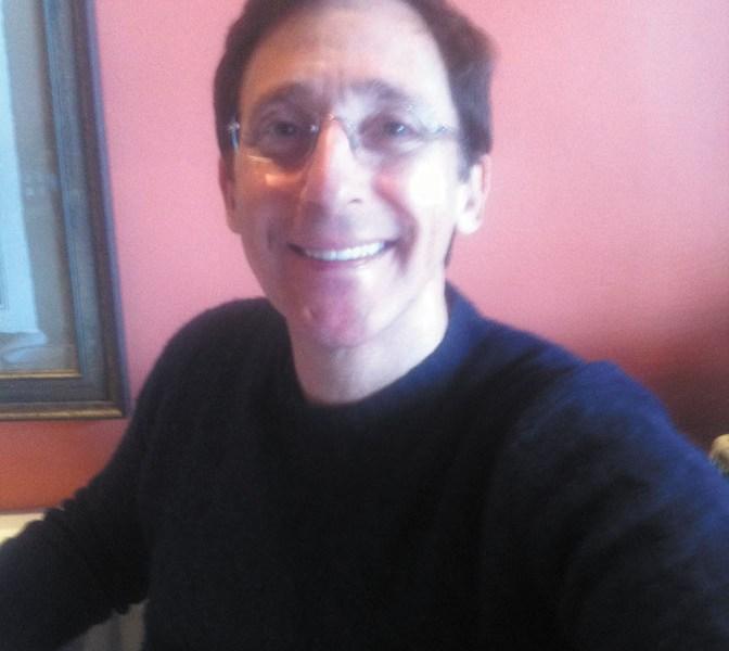 Bobby Ezor