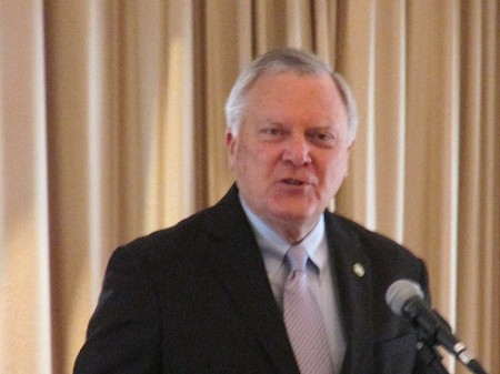 Gov. Nathan Deal speaks to the Perimeter Business Alliance on March 14.