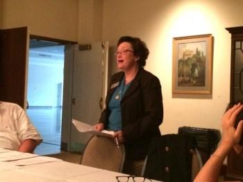 APS School Board Member Cynthia Briscoe Brown briefs the Buckhead Council of Neighborhoods on the upcoming school year.