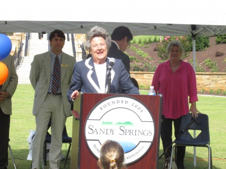 Founding Sandy Springs Mayor Eva Galambos talks about the Abernathy Greenway's origins.