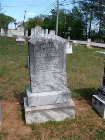 Emily Binion's grave. Photo courtesy Heritage Sandy Springs.