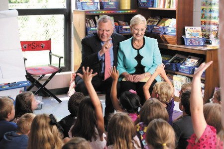 Gov. Nathan Deal and his wife Sandra read to a class.