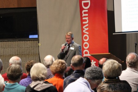 Dunwoody Mayor Denny Shortal held his first town hall meeting Thursday. (Photo by Dyana Bagby)