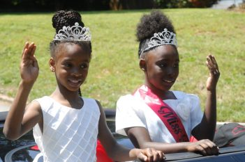 """Osborne Road; Saturday May 6, 2016 12:00pm. Forty Third Annual """"Lynwood Days Parade and Festival"""". The parade started at the Lynwood Park United Christian Church and traveled to Windsor Parkway then turned north on Osborne Road and finished in Lynwood Park. """"Miss Respect"""" girls (ltor) Anna Williams (8yr), and Makayla Stephens (7yr)."""