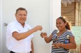 ENTREGAN AUTORIDADES, LLAVES DE VIVIENDAS A FAMILIAS BENEFICIADAS DEL IDEAL