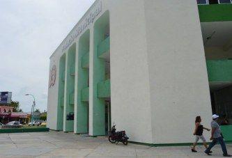 BOMBA DE TIEMPO EL PALACIO MUNICIPAL DE OPB