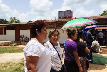 SOFIA ALCOCER  VOTA EN JOSÉ MARIA MORELOS Y CONMINA  A LA TRANQUILIDAD