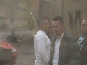 Pistoleros, de Homero Juan Isidro y Salvador Juan Flores, dentro de Tecpingo
