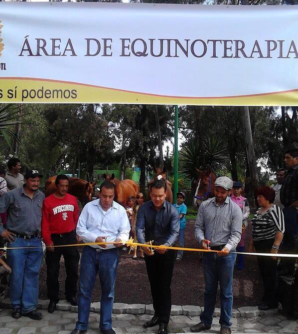 ACTIVAN ÁREA DE EQUINOTERAPIA GRATUITA EN EL PARQUE DEL PUEBLO EN NEZAHUALCÓYOTL