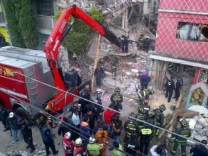 Se sigue trabajando en la remoción de escombros