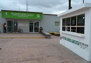Módulos de atención jurídica frente a Centro de Justicia en Chimalhuacán