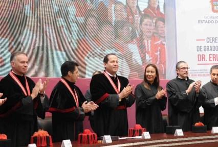 eruviel-avila-doctor-honoris-causa-39