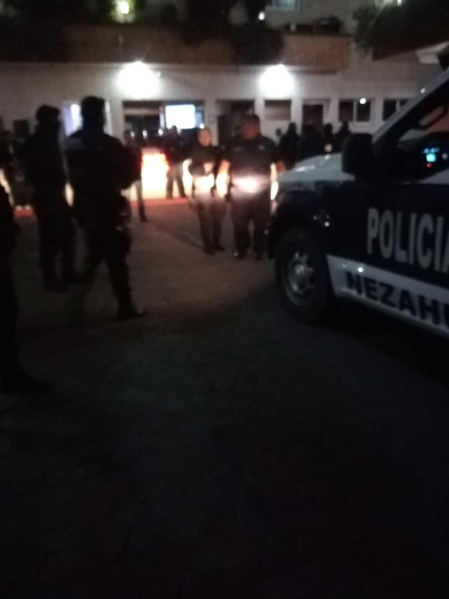 POLICÍAS DE NEZA, TEXCOCO Y EL FAR SE MOVILIZARON PARA RESCATAR A PAREJA SECUESTRADA POR TAXISTA