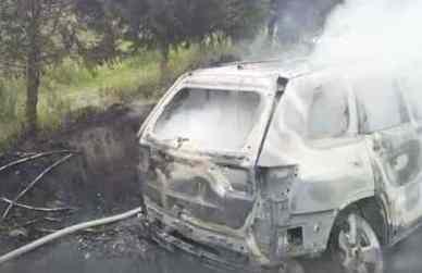 Camioneta-quemada-incendios.jpg