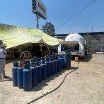 Acusan a policías estatales de solapar venta clandestina de gas LP en Ecatepec