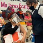 ECATEPEC: A MARGARITA LA SOBREPROTEGÍAN CONTRA EL COVID; HOY ES UNA DE LAS 123 MIL VACUNADAS