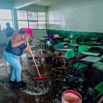 """Gobierno de Valle de Chalco da inicio al programa """"Regreso Seguro a Clases"""", que en su primera etapa atenderá cerca de 40 escuelas de nivel preescolar y básico."""