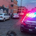 POLICÍAS DE VALLE DE CHALCO PERSIGUEN A LADRONES DE AUTOS Y LOS ALCANZAN EN IZTAPALAPA