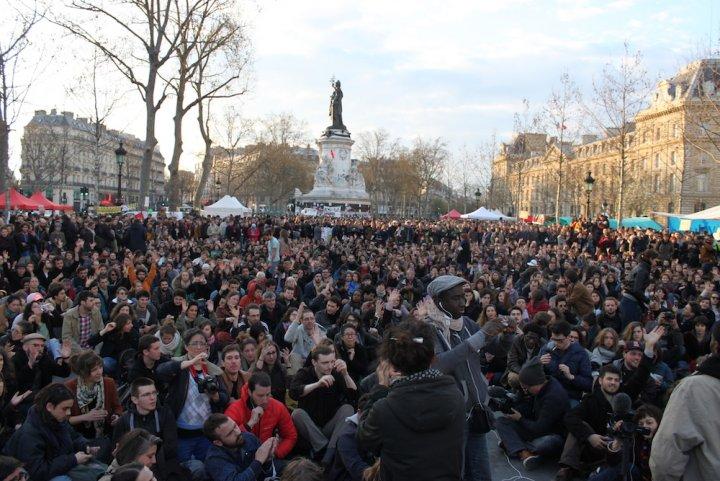 """Qui vient à Nuit debout<small class=""""fine""""></small>? Des sociologues répondent"""