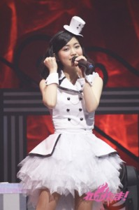 yuikaori_2013_13